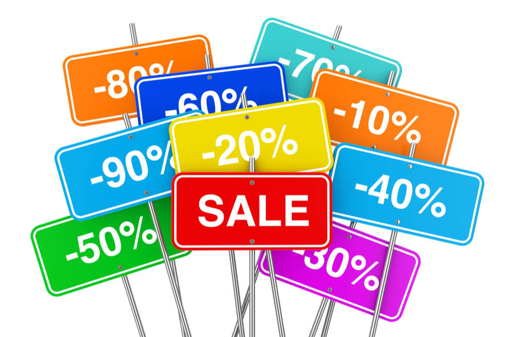 multicolour-sale-placards-with-many-percent-discounts-white-background-3d-rendering